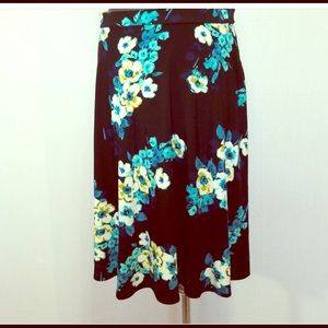 Floral stretchy with spandex skirt